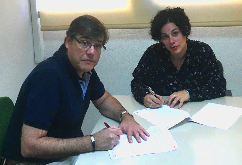 Firma de acuerdo con Estudio Foto Ángel.
